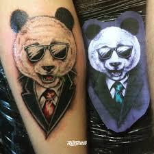 фото татуировки панда в стиле традишнл цветная татуировки на икре