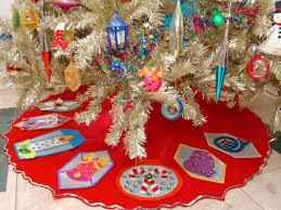 Diy Christmas Decorations Ideas How To Make A No Sew Vintage Inspired Felt  Tree Skirt 9 Home Decor ...