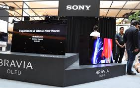 sony tv with ps4. showcased here are the bravia a1 oled tvs accompanied by x93e and x85e tvs. for duration of roadshow, it looks like if you buy sony tv with ps4 o