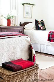 Neutral furniture Pops Color Neutral Home Decor Ideas Twin Beds With Ivory Quilts One Kings Lane Neutral Home Decor Ideas Why Love It On Sutton Place
