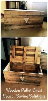 Love this rustic pallet chest, maybe even add a skeleton key lock for it.