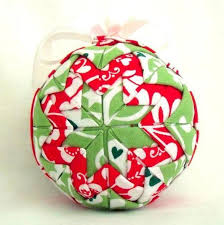 Quilting Patterns for Christmas: The Ultimate Roundup & Quilted Christmas Ornament Adamdwight.com