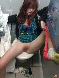 Girl Fucked Public Toilet