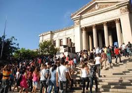 Universidad de La Habana acoge a nuevos estudiantes