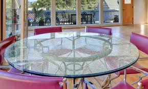 Circular glass table top Ogee Edge Cracked Round Glass Table Tops Have Been On The Rise In Various Home Goods Stores As It Provides Stable Top While Also Making Beautiful Addition To Any Furniture Design Crackled Glass Table Tops Shattered Glass Table Top Cracked Glass