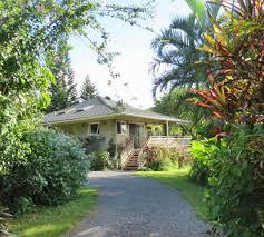 20 Fabulous PorchesRomantic Cottage Gardens
