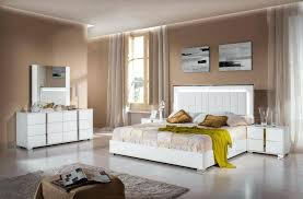 best paint finish for bedroom wall