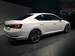 new car release 2016 india2016 Skoda Superb breaks cover to launch in India in 2016