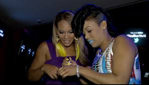 keyshia dior evelyn lozada try makeup at the kaoir cosmetics lipstick launch party
