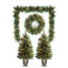 Outdoor Christmas Decorations at Lowes.com