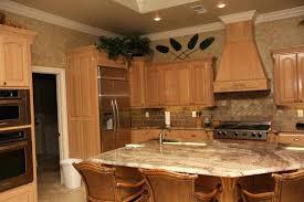 cherry vs maple kitchen cabinets creative wonderful cherry vs maple kitchen cabinets inspiration design with curio