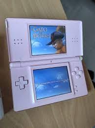 Nintendo ds lite con 2 juegos y funda para guardarla.está en un estado con signos de uso normales. Nintendo Ds Lite Rosa 2 Juegos De Segunda Mano Por 25 En Alfaro En Wallapop