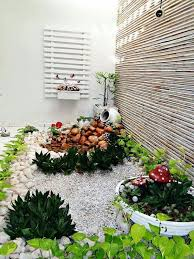 simple rock garden ideas with small plant