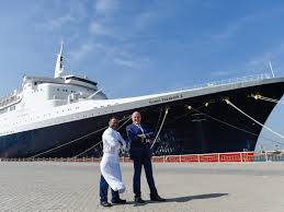 Majestic International Size Chart Majestic Qe2 Is Docked In Dubai But Why Did These Crew An