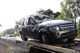 Two left trapped in 'horrific' car crash on Newell highway | Daily ...