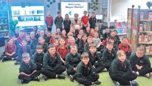 BOOK SHARING MCDONALD PARK SCHOOL MT GAMBIER