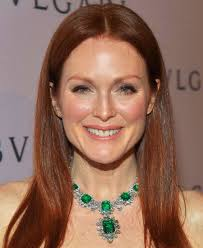 Making the most dramatic entrance was Julianne Moore wearing Elizabeth Taylor's Bulgari emerald and diamond necklace, which the Italian jeweller ... - Bulgari-Julianne-Moore-2