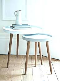 3 legged table designs round