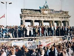 「東欧革命」の画像検索結果