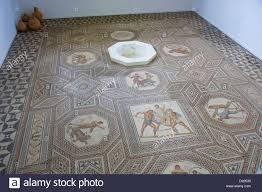 Weitere ergebnisse zu st lutwinus inh michael diel. Romische Mosaik Boden In Perl Nennig Saarland Deutschland Europa Stockfotografie Alamy