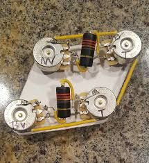 vintage style les paul wiring harness w emerson pro pots bumble bee pio caps short shaft