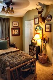 Hunting Bedroom Decor