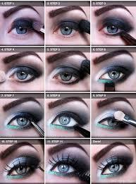 hint of turquoise smoky eye