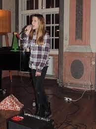 """JULIANA FREY singt die Rolle der Dinah Lord in """"High Society"""" -  Regionalmusikschule Retzer Land"""