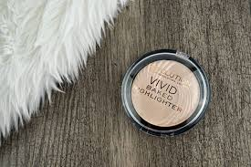 makeup revolution baked highlighter peach lights review swatches dupe