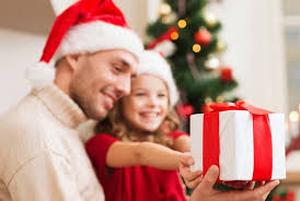 The Best Family Christmas Traditions To Make Your Holiday