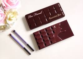 chocolate bar parison too faced vs makeup revolution