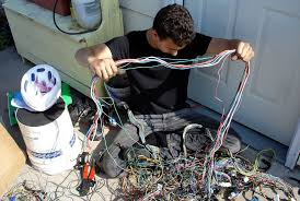 sam s car and all unnecessary wires are cut off there are considerably more non ecu related wires in the car than engine harness wires