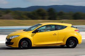 Renault Megane Renaultsport 250 specifications - Photos (1 of 15)