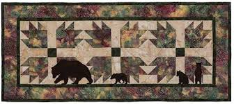 Bear Paw Quilt Pattern Beauteous Bear Paws Table Runner Quilt Pattern Keepsake Quilting