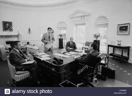nixon oval office. president nixon meets with chief advisers in the oval office l to r hr haldeman dwight chapin john d ehrlichman richard p
