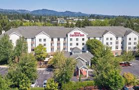 exterior view of hilton garden inn portland beaverton