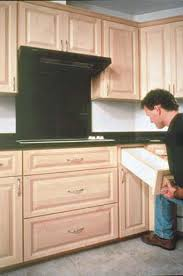 Canadian Maple Kitchen Cabinets Building Kitchen Cabinets Canadian Woodworking Magazine