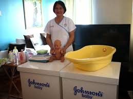 johnson s baby brought merna a midwife from the integrated midwives association of the philippines and she showed me how to give piero a stress free bath