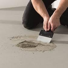 Bei fußböden übernehmen schüttungen verschiedene aufgaben der sand muss nicht verdichtet werden, wichtig ist ein rieselschutz unter den waben. Vinyl Und Teppich Verlegen So Klappt Es Richtiggut De