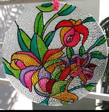 i d like to attach a few pictures of glass paintings done with the help of pictures from your site i hope you like them