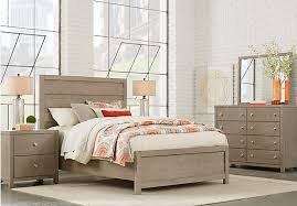 Barringer Place Gray 5 Pc Queen Panel Bedroom