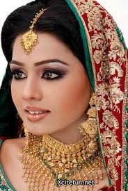 stani bridal smokey eyes shimmer makeup and mehndi hd bride wallpaper