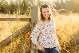 jazzy class of 2017 ferndale senior photographer courtney she is a shining ray of sunshine if you couldn t tell she s such a sweet spirit and so kind anna did such a great job doing jazzy s hair and makeup