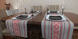 10 Minute Table Runner Pattern Interesting DIY Ten Minute Table Runner Tutorial DIY Home Decor