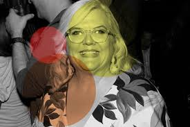 shower paula pell with olive garden croutons and give her a good glass of chianti please