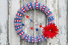 10 cute patriotic diy outdoor decorations red white and blue cupcake liner wreath diy