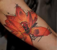 татуировка на руке девушки цветок фото рисунки эскизы