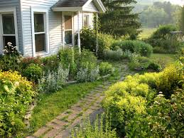 Small Picture farm house yard ideas Garden Bloggers Design Workshop Front