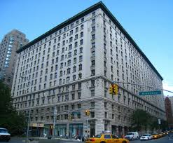 ... Belnord features Italian Renaissance architecture, and was designed by  H. Hobart Weekes. Constructed in 1908, the Belnord has 221 apartment  buildings ...