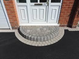 curved steps to front door novocom top